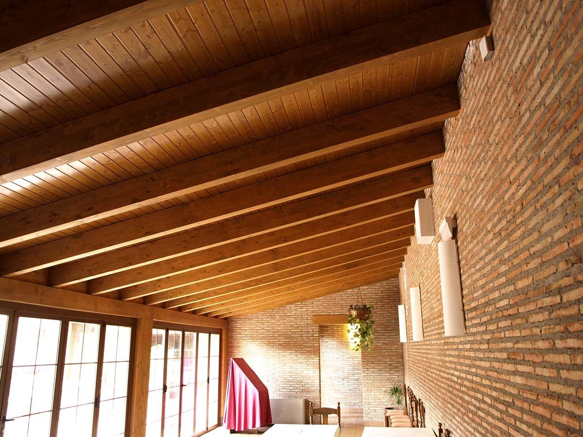 Koto ingenieros restaurante en madrid - Estructuras de madera para techos ...