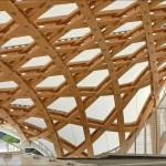 1024px-La_charpente_du_Centre_Pompidou_Metz_(4925751298)[1]